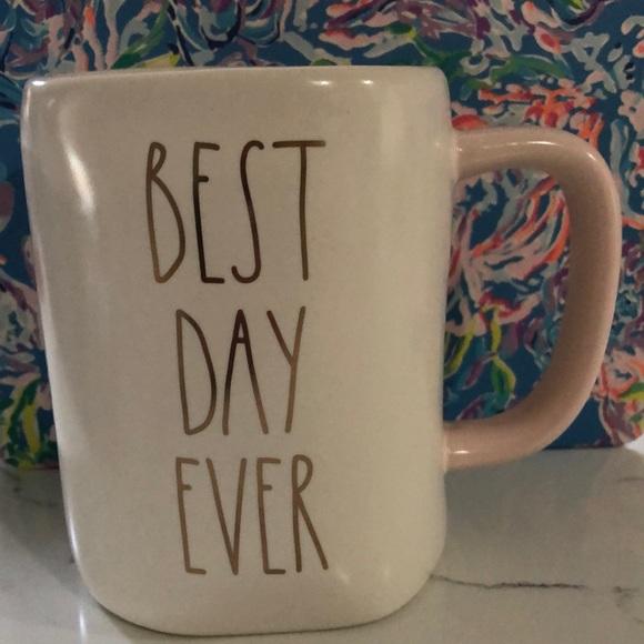 Rae Dunn Best Day Ever mug